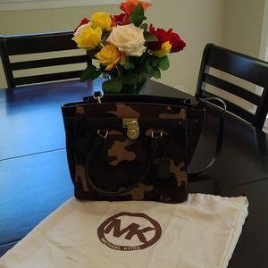 Like new Michael kors bag
